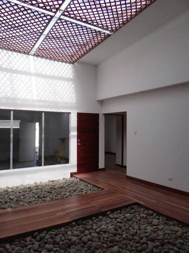 lijado y acabado de pisos de madera - equipo cero polvo