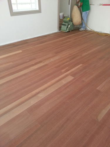 lijado,acabado de pisos de madera.