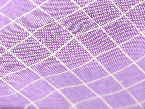lila corbata