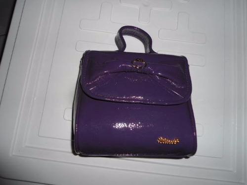 lilica ripilica - bolsinha de couro eco com alça  preta roxa