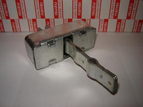 limitador puerta chevrolet 5-90/nkr 2005/