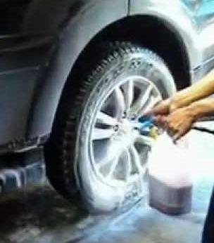 limpa bau industrial / automotivo 5 litros roxo rende 72 lt