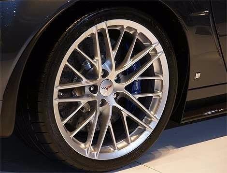 limpa pneu pretinho brilhante 3 fórmulas pelo preço de 1