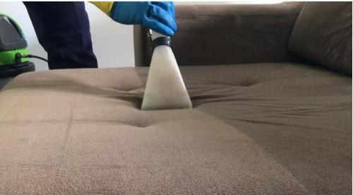 limpeza e higienização de estofados e carpetes