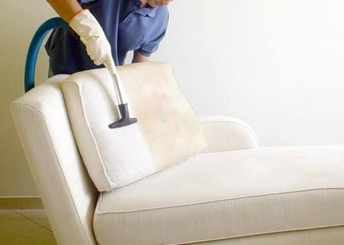 limpeza e higienização de sofás, carpetes, colchões, etc.