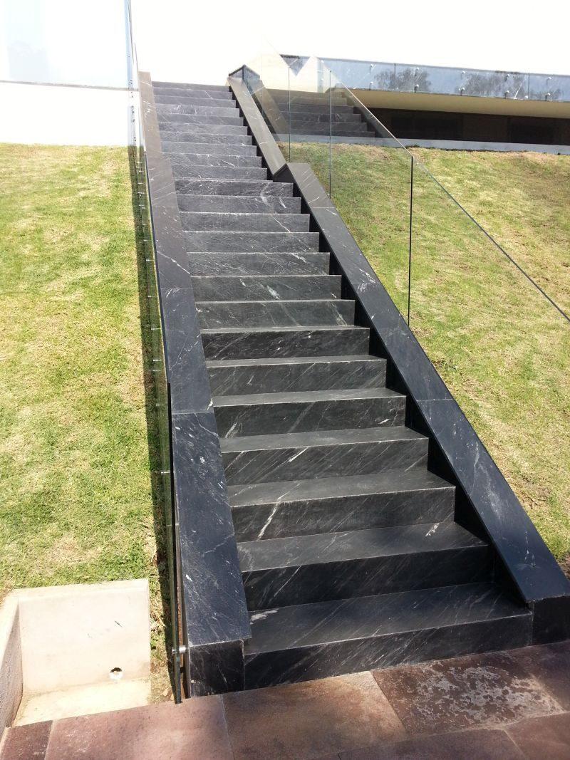 Limpiador de pisos y muros quita cemento cal pegazulej for Cuanto sale hacer una piscina de cemento