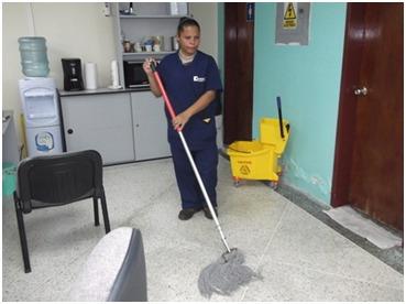 limpieza de clinicas, centros comerciales y la industria