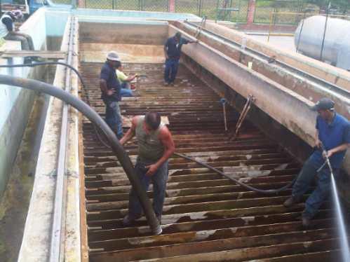 limpieza de drenajes y tanquillas con camion vactor (vactor)
