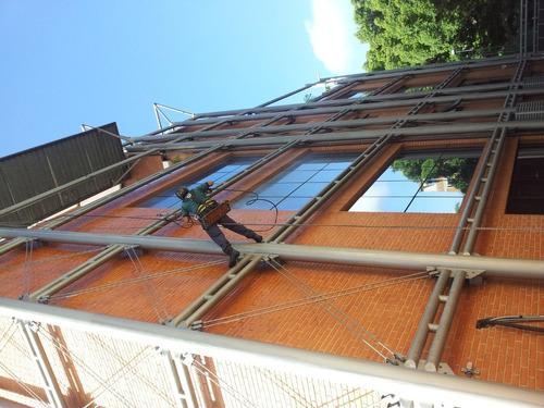 limpieza de fachadas en general