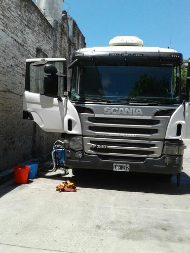 limpieza de interior cabina camion scania mercedes vw ford
