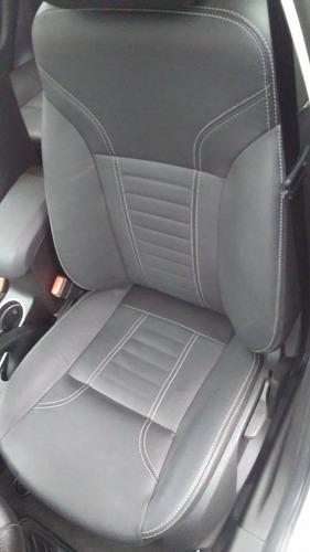 limpieza de  interiores autos detailing