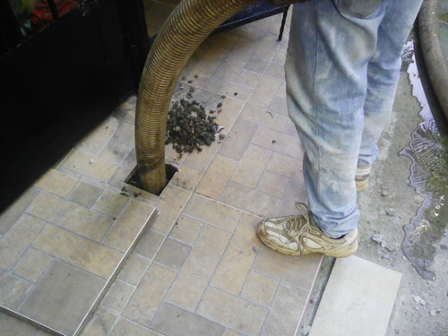 limpieza de septicos ,trampas de grasa , residuos industrial