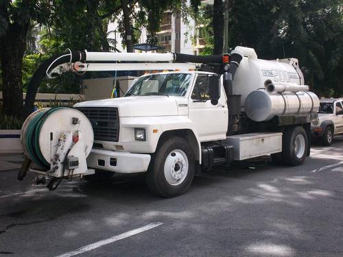 limpieza de tanquillas pozos septicos con camion vactor