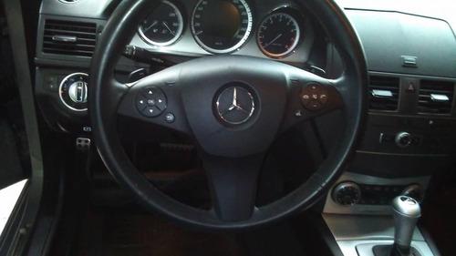 limpieza de tapizados e interiores de autos detallada