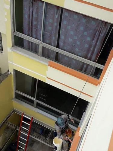 limpieza de vidrios para edificios y pintores