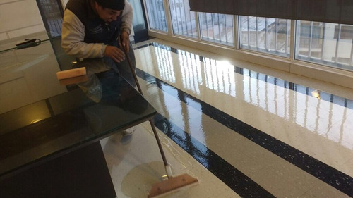 limpieza, lijado y laqueado plastificado pisos de goma pvc