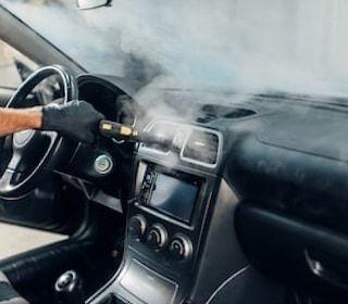 limpieza y desinfección de vehículos