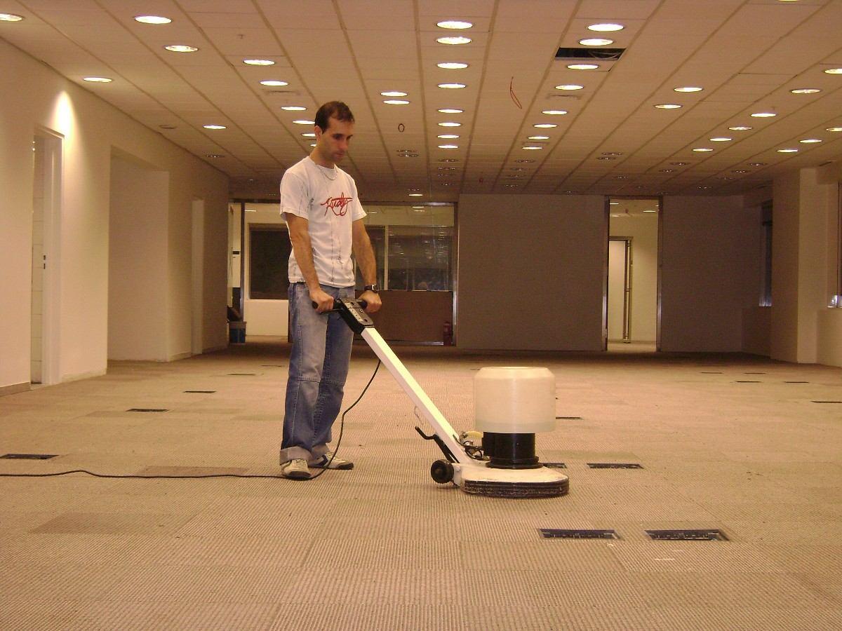Limpieza y lavado de alfombras carpetas tapizados - Productos para limpieza de alfombras ...