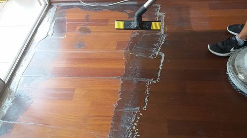 limpieza y recuperación pisos flotantes y aseo servicleaner