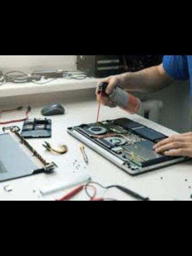 limpieza y reparación de computadores (todo tipo)