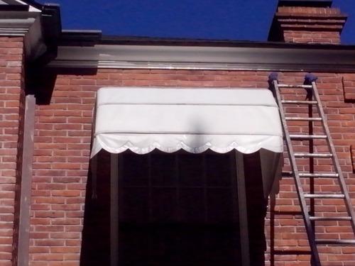 limpieza y reparacion de toldos y cortinas roller.