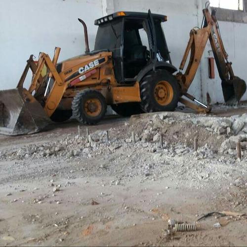limpiezas de terrenos, excavaciones, demoliciones, y mas!!