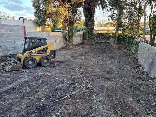 limpiezas de terrenos. retiro de podas escombros. demolicion
