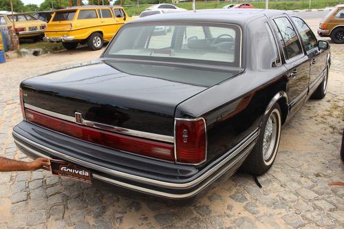 lincoln town car 1991 carro de consulado