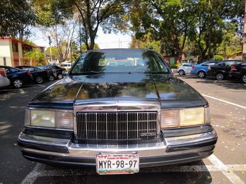lincoln twon car cartier