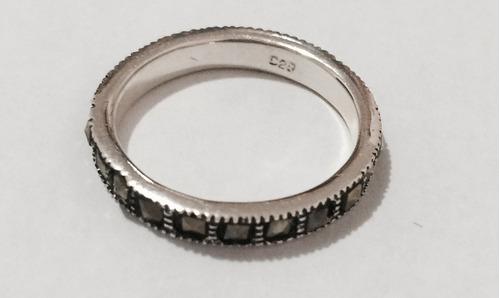 linda aliança revestida com marcassitas em prata 925