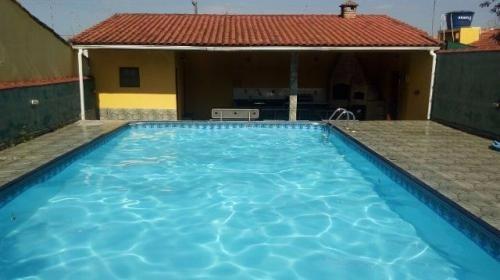 linda área gourmet, com piscina, churrasq., a 600m do mar!