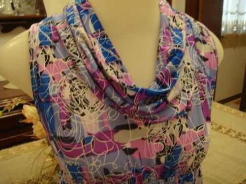 linda blusa estampada lilas rosa azul gola role tam. p