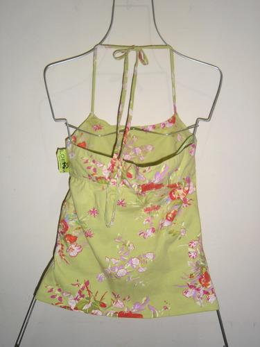 linda blusa tipo halter marca  bcbg maxazria    maa.