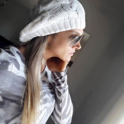 Linda Boina Trança Gorro Beanie Touca Feminina Várias Cores - R  29 ... 030c7460fa4