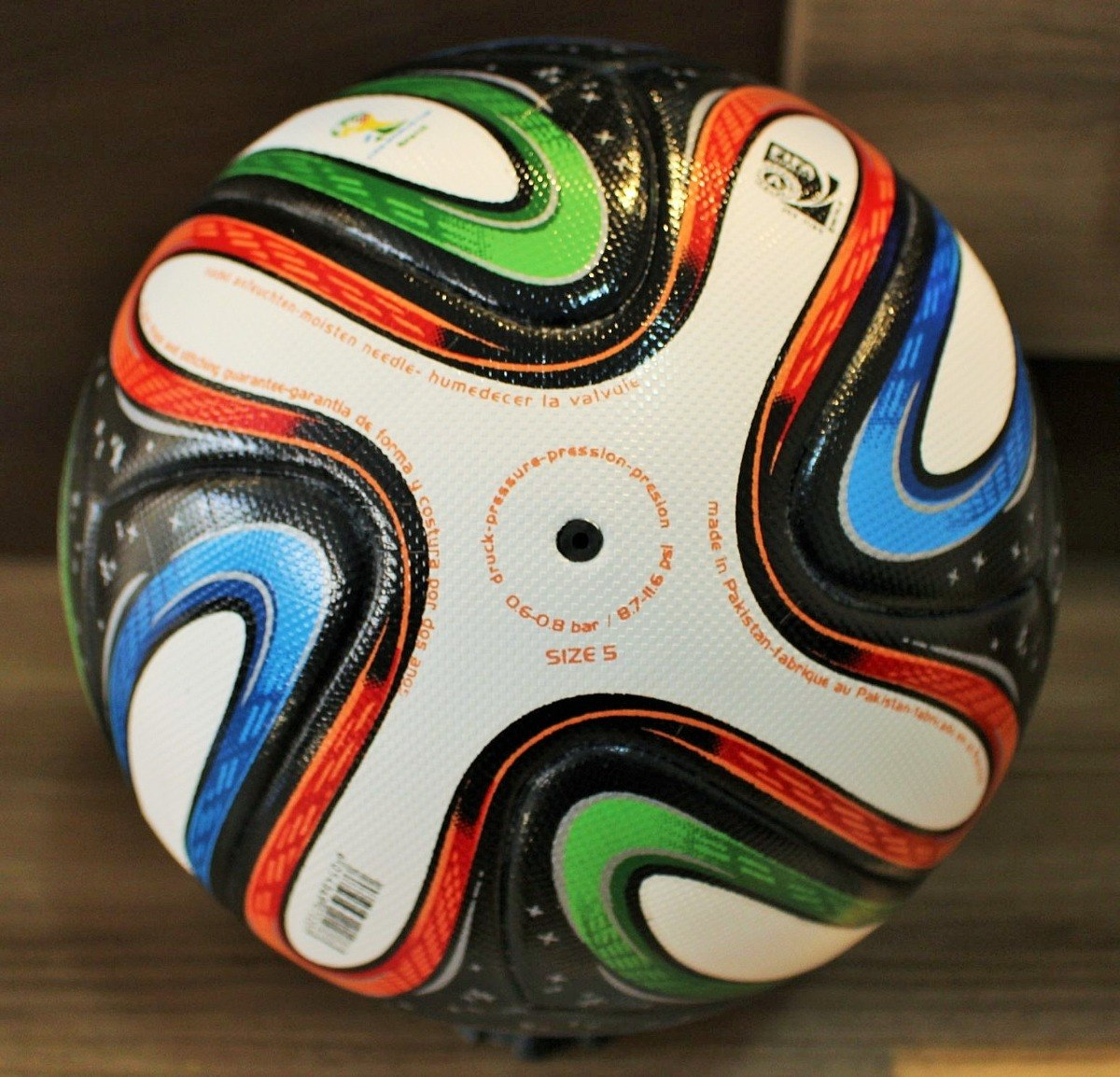 linda bola adidas brazuca sem a logo play station. Carregando zoom. f5b6f9da3437a