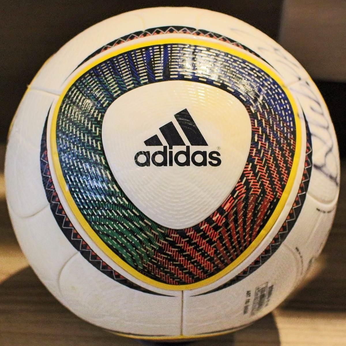 97915d1f09a26 Linda Bola adidas Jabulani Oficial De Jogo Copa 2010 - R  799