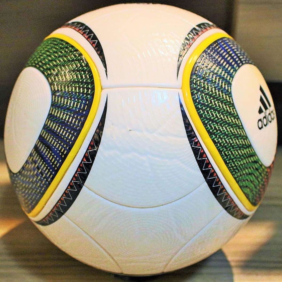 f7b888dd84 linda bola adidas jabulani oficial de jogo copa 2010. Carregando zoom.