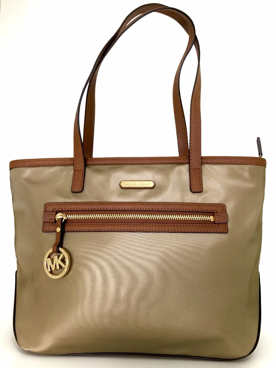 6778f51c0 linda bolsa michael kors original nylon e couro importada. Carregando zoom.