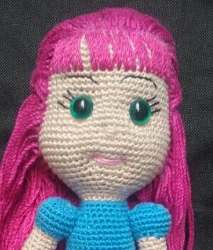 Boneca Amigurumi AmiMara Em Crochê – Material e Vídeo | Bigtudo ... | 352x300