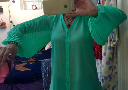 linda camisa farm manga plissada. tenho dress to, antix