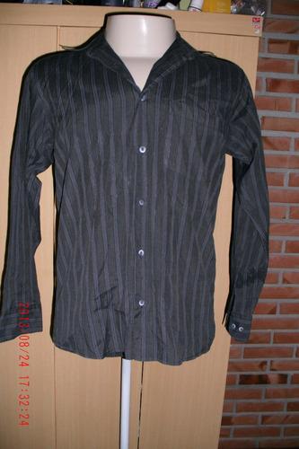 linda camisa pool    ( masc)    tam; p      ( 1)
