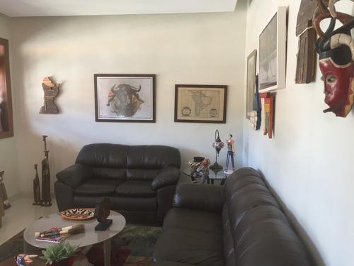 linda casa, 04 quartos, suíte, 03 salas - sagrada família - 2637
