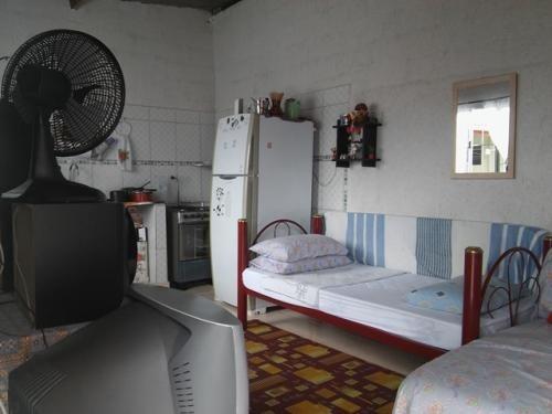 linda casa, 3 dormitórios, com 1 suite itanhaem- sp