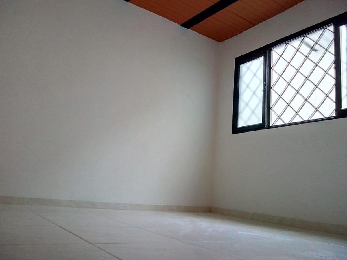 linda casa 3 pisos en terrazas del tejar
