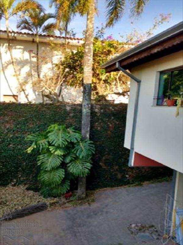 linda casa 3 suítes aruja - vca005