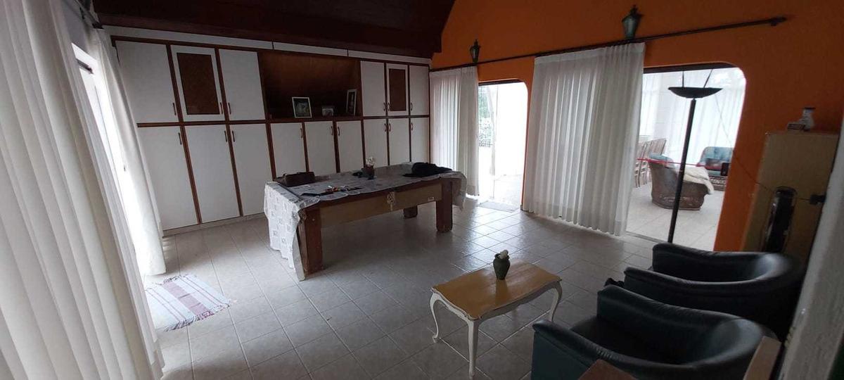 linda casa  5 dorm 4 stes condomínio x apto em sp