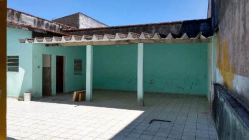 linda casa a 400 metros do mar - itanhaém