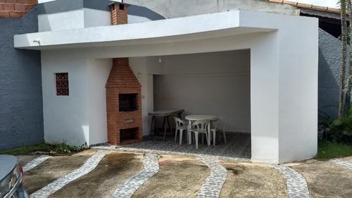linda casa a 70 metros do mar, 3 quartos, aceita parcelar!