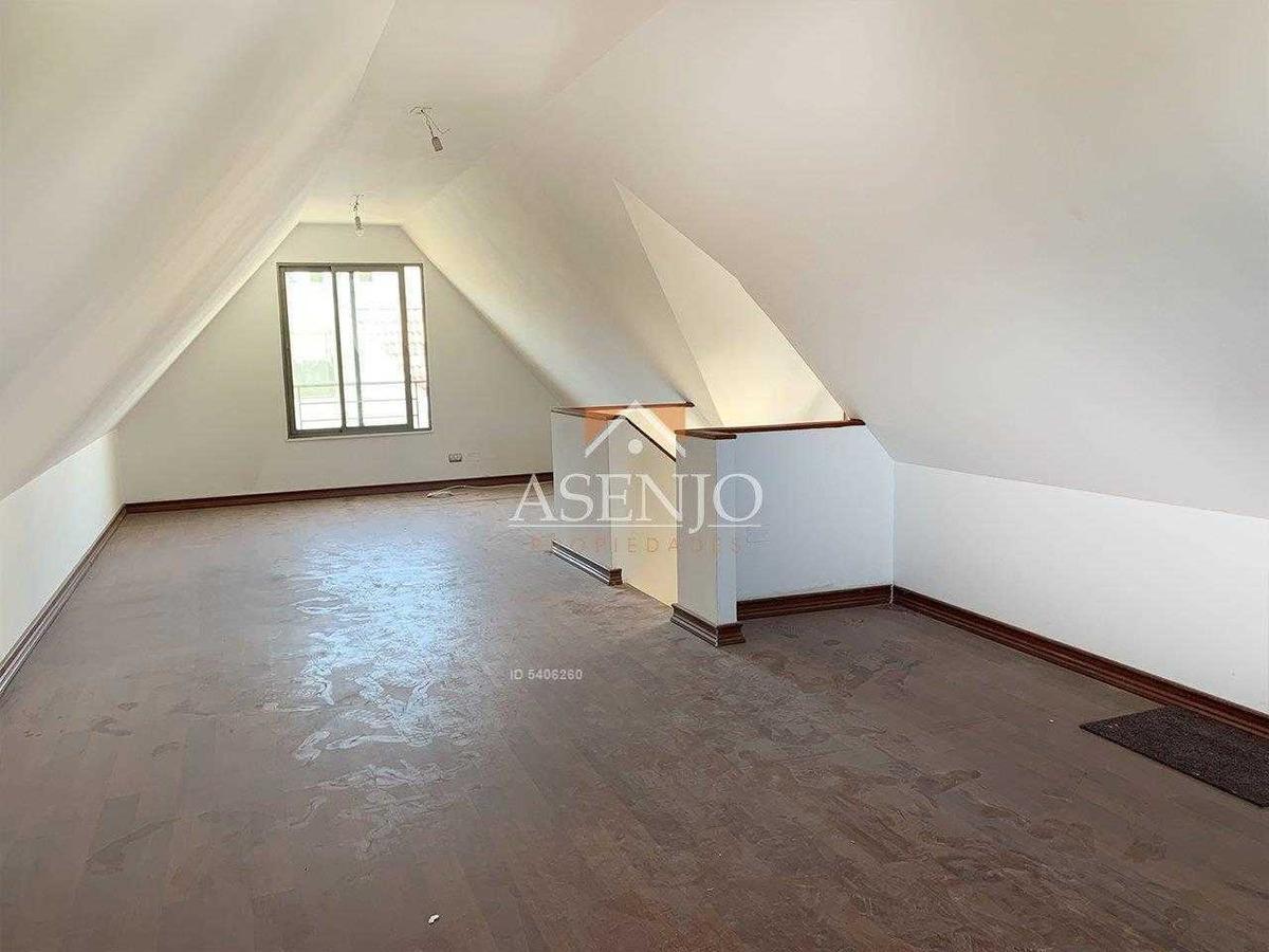 linda casa aislada en condominio seguro!!