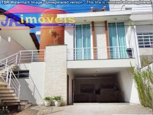 linda casa assobradada- condomínio aruã ref.195